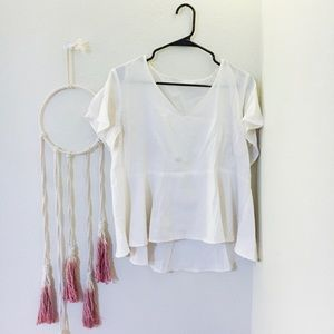 3 FOR $15 Flowy White Peplum Top